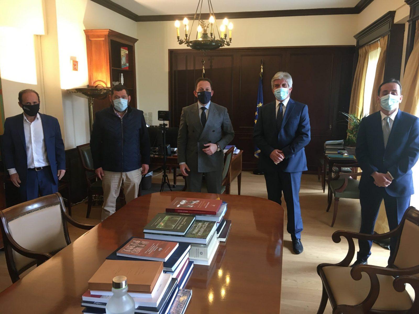 Συνάντηση  αντιπροσωπείας της διοίκησης της ΠΕΔΑττικής με τον Αν.Υπουργό Εσωτερικών Στ.Πέτσα 31.03.2021